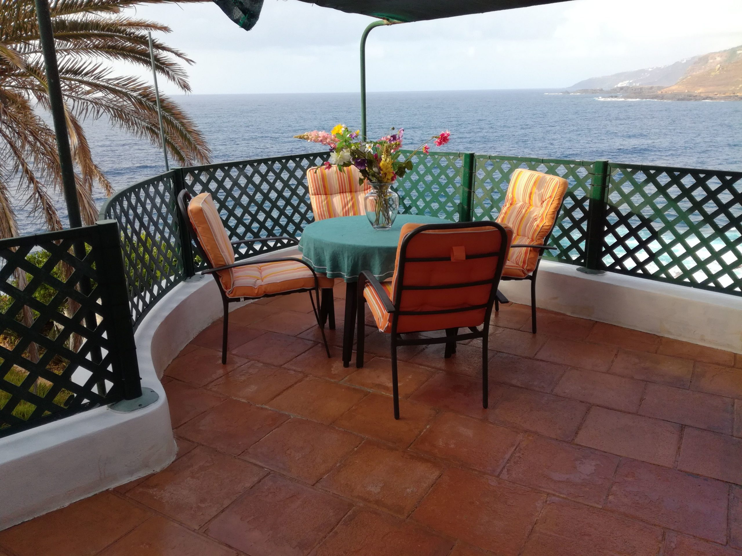 Holiday-Home-Directly-on-the-Sea-Tenerife-13