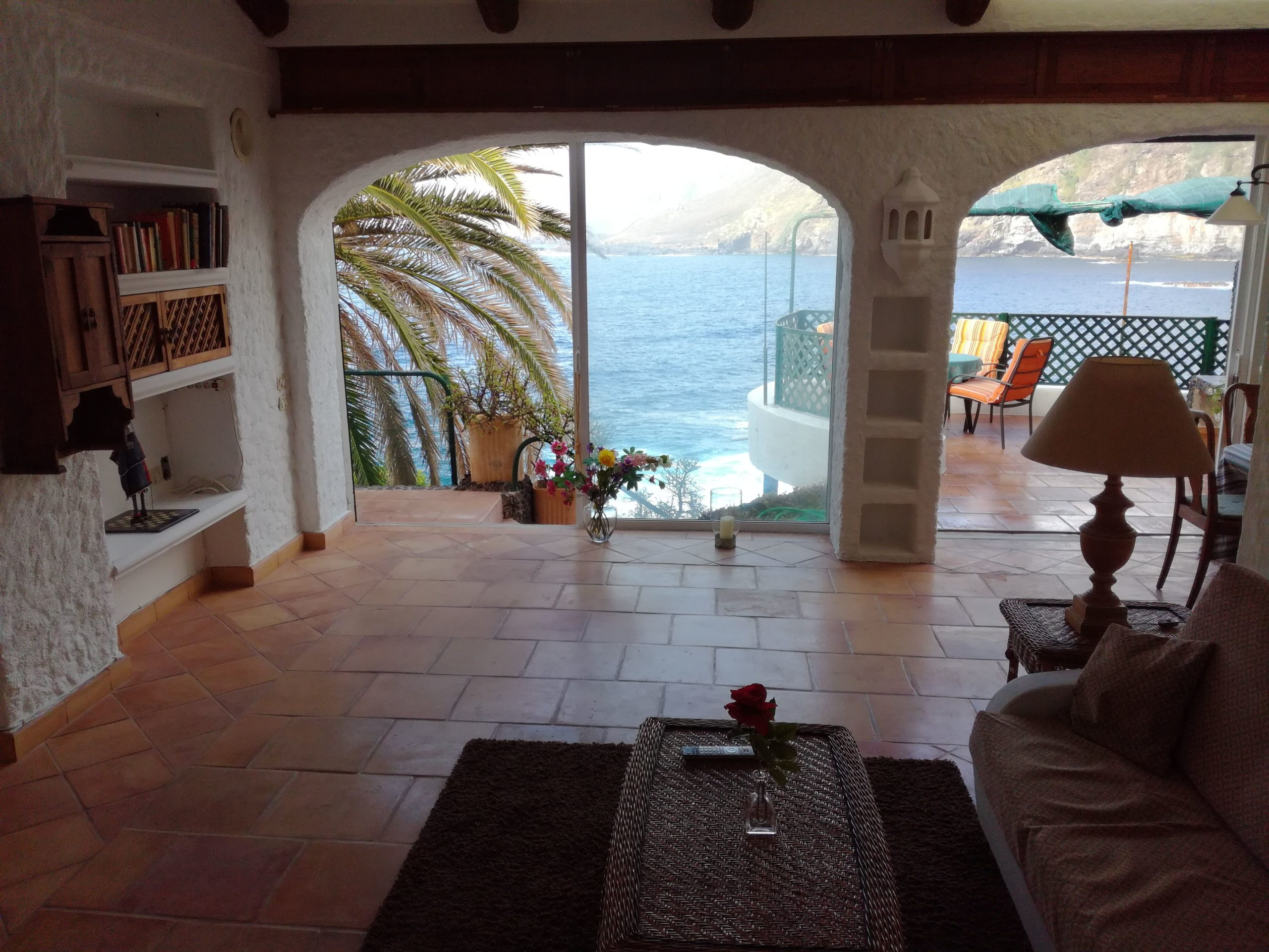 Holiday-Home-Directly-on-the-Sea-Tenerife-5